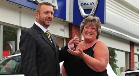 Bristol Street Motors in Derby marks Dacia sales milestone