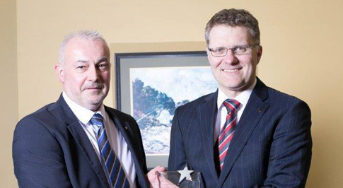 Paul Bonner wins 'Bodyshop Manager of the Year' Award