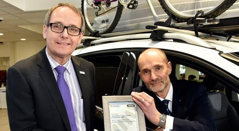 Birmingham Ford celebrates award win
