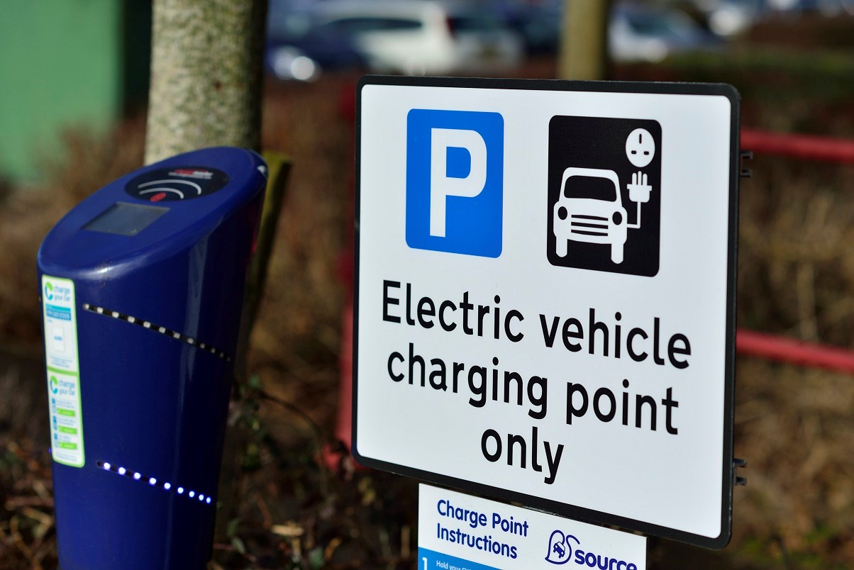 Top Free Apps for EV/Hybrid Charging Points