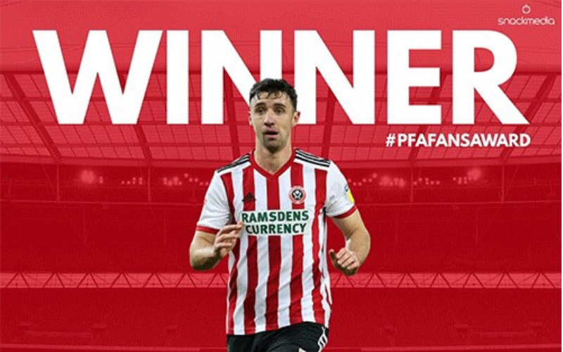 Enda Stevens Wins Championship PFA Bristol Street Motors Fans' Player