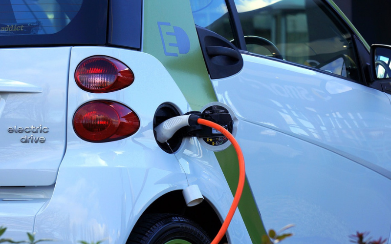 Electric Cars Legally Required To Emit Sound