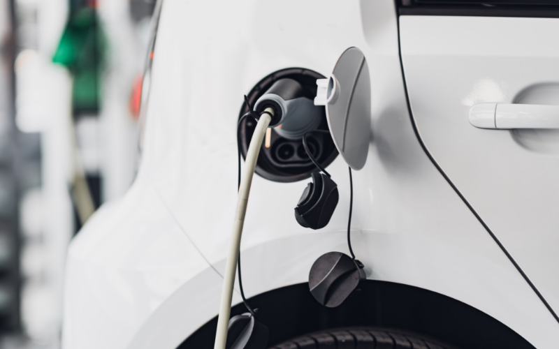 Electric Vehicles' Lifetime CO2 Emissions Are Half That Of Petrol And Diesel