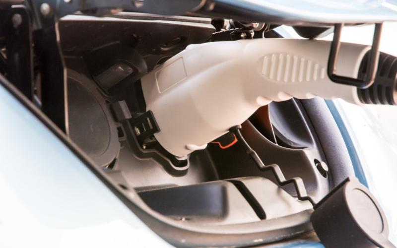 Farnell Jaguar's Guide To The EV Government Grant Scheme