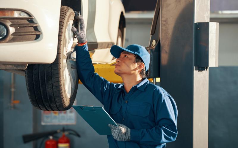 Farnell Jaguar's Tyre Safety Guide