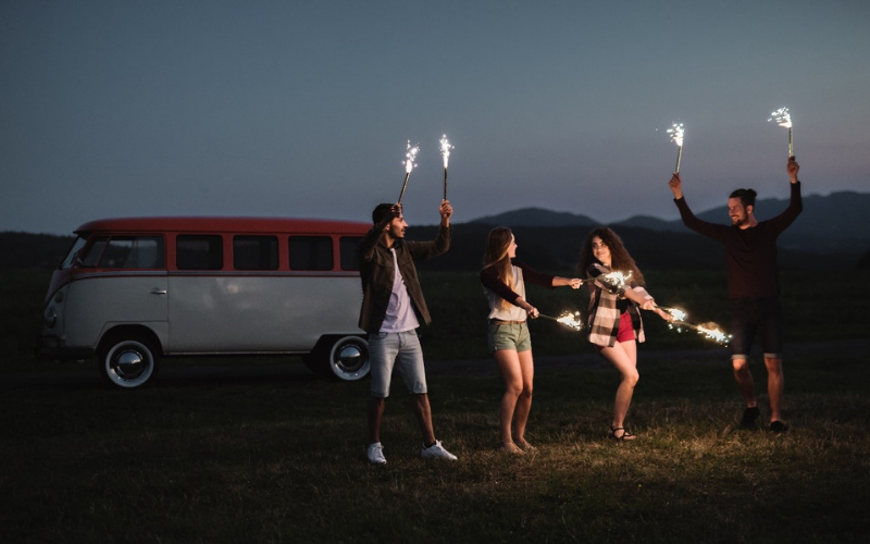 5 Driving Tips To Keep You Safe On Bonfire Night