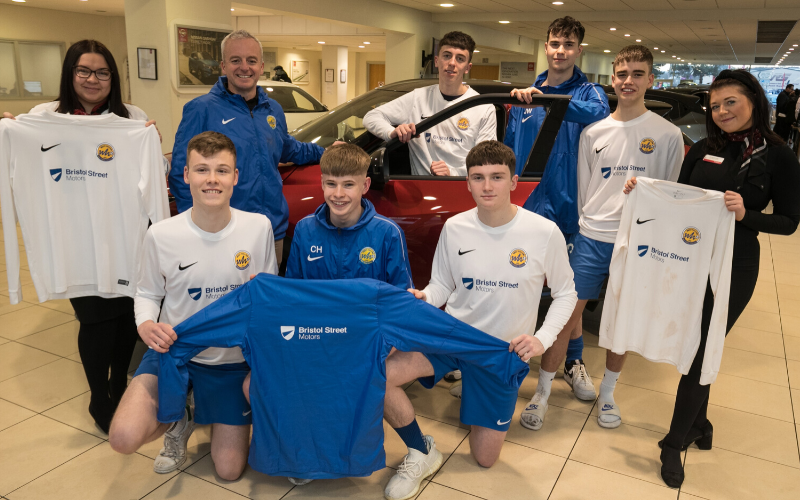 West Hallam Juniors Kitted Out By Bristol Street Motors Derby