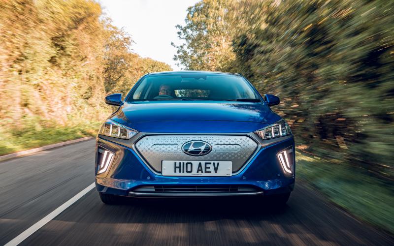 Taking a Closer Look at the 2019 Hyundai IONIQ Electric: Video Tour