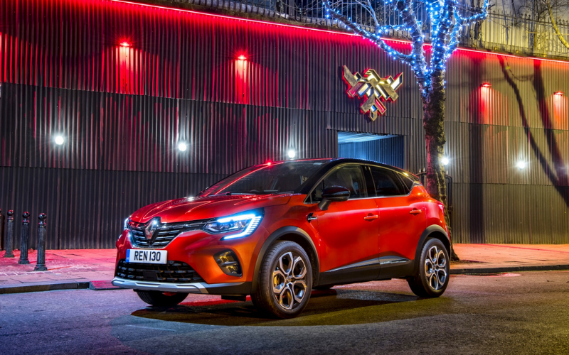 The All-New Renault Captur Wins Best Small SUV Title at Auto Express Awards