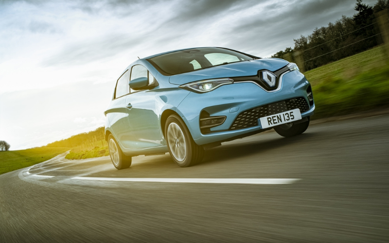 Renault Scores a Hat Trick at the Carbuyer Best Car Awards 2021