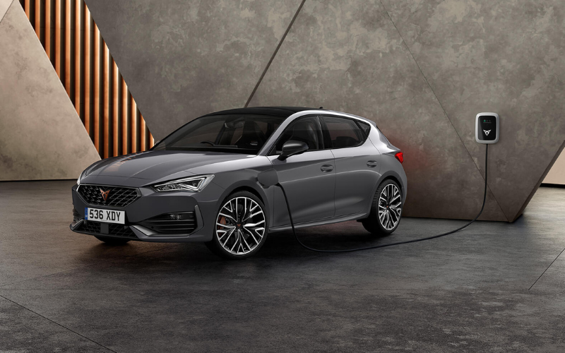 5 Reasons Why We Love the CUPRA Leon
