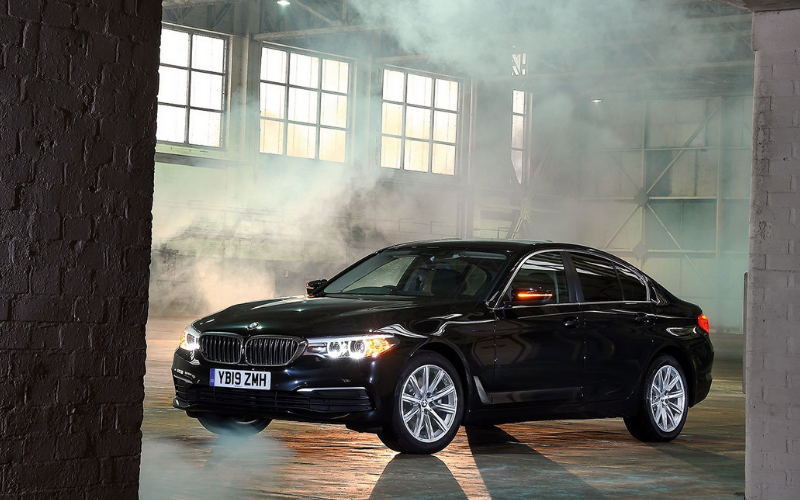 BMW 5 Series Crowned Best Luxury Car At What Car? Car Of The Year Awards