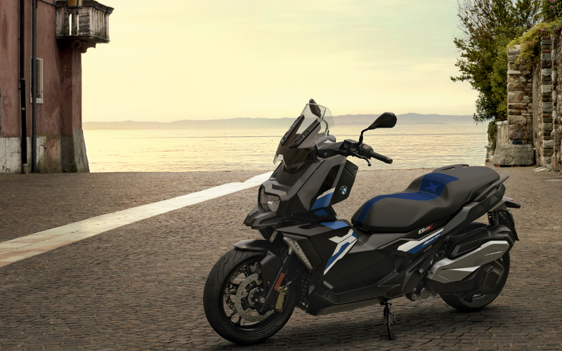 Meet The All-New BMW C 400 X And C 400 GT