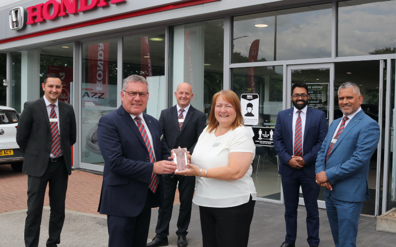 National Award For Colleague At Doncaster And Mansfield Honda Dealership