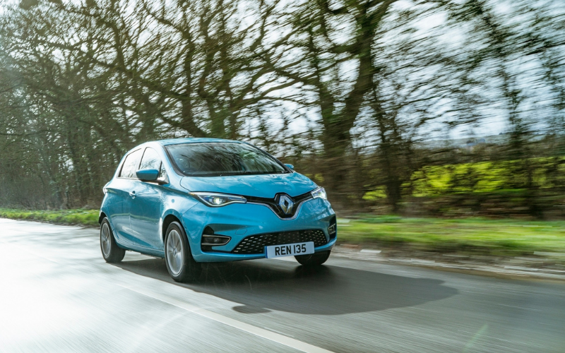 Zoe Crowned 'Best Used Electric Small Car' At 2021 What Car? Electric Car Awards