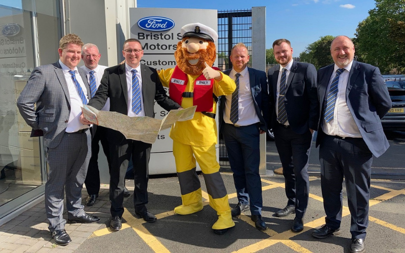 Bristol Street Motors Ford Colleagues Scale The Welsh Heights For RNLI