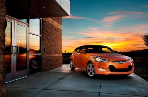 Hyundai debuts new Veloster coupe in US