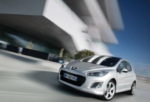 Peugeot unveils new 308