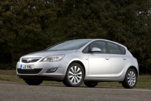 Vauxhall adds integrated computer to Astra range