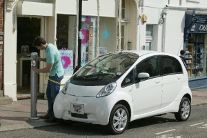 Is the Mitsubishi i-MiEV the best option of eco-drivers?