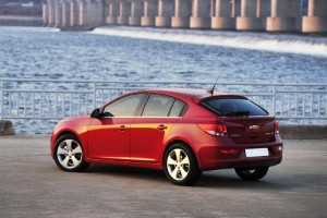 Chevy to tackle hatchback market with new Cruze