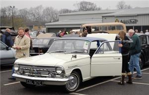Vauxhall celebrates market-leading warranty anniversary