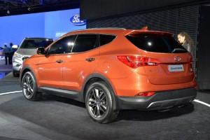 Hyundai unveils new Santa Fe