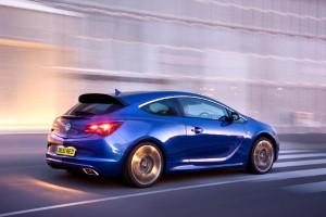 New Astra VXR to show off at Rockingham