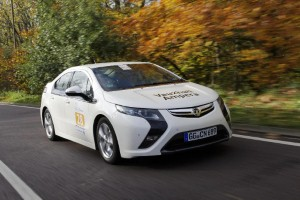 Vauxhall Ampera applauded for its green strategy