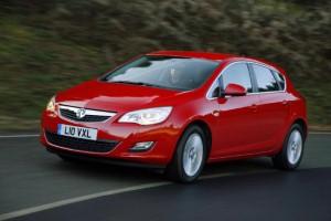 Vauxhall Astra BiTurbo speeds into view