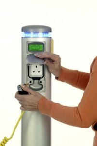 Charging point strategy could enable electric cars to travel further