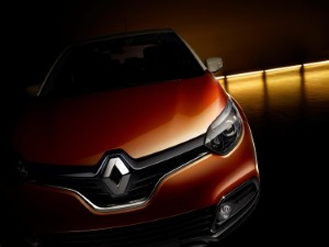 Renault gives backing to road safety scheme