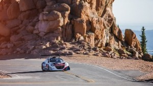 Monster Peugeot 208 Pikes Peak racer takes to famous mountain