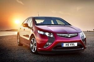 Vauxhall Ampera retains Green Award