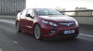Vauxhall Ampera drops price to qualify for government grant