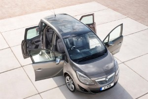 New Vauxhall Meriva 'to offer class-leading convenience'