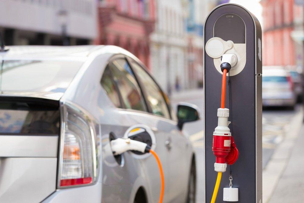 How do Hybrid Cars Work?