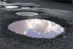 New car drivers 'could claim on insurance for pothole damage'