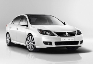 New Renault family saloon to launch