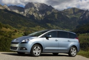Peugeot 5008 secures MPV award