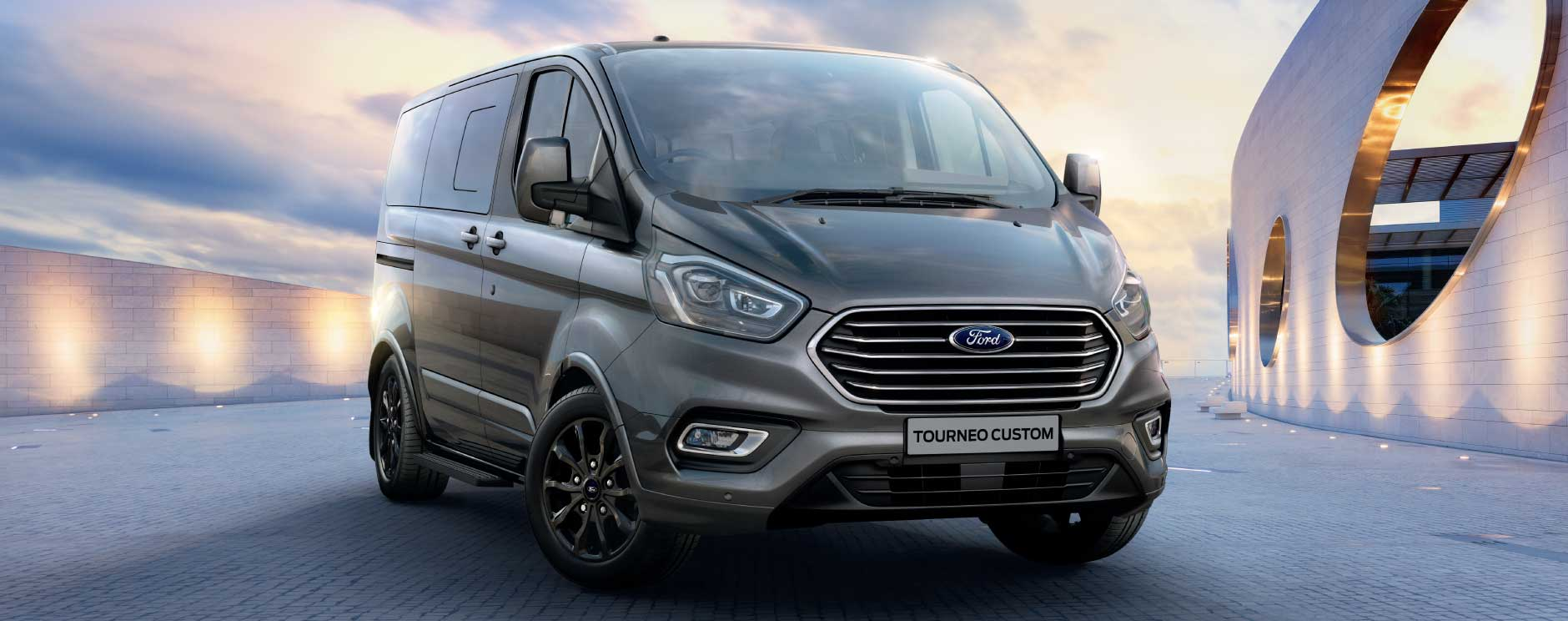 Ford Tourneo 1