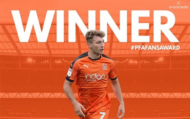 LUTON TOWN�S JACK STACEY WINS LEAGUE ONE PFA BSM FANS� PLAYER OF THE MONTH AWARD