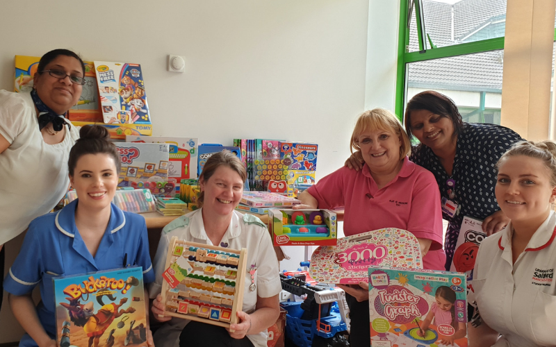 Bristol Street Motors Bolton Spreads Joy At Children�s Hospital