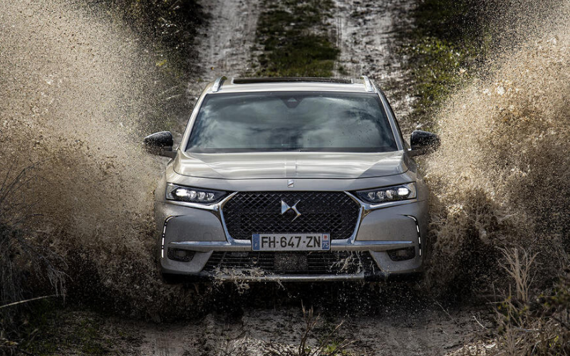 Why The New DS 7 Crossback E-Tense Might Make You Go Electric
