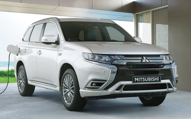 Why Choose The Outlander PHEV As Your Next Mitsubishi