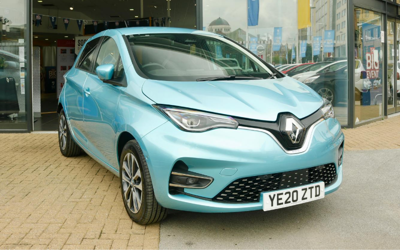 Taking a Closer Look at the New Renault Zoe: A Video Tour