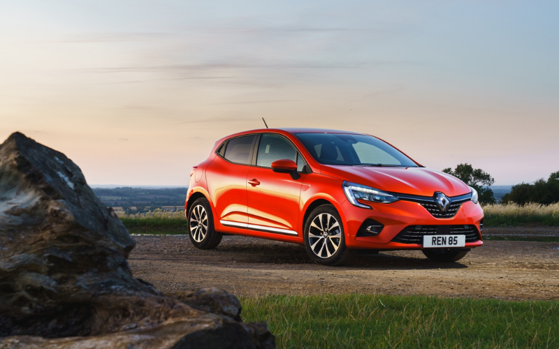 Renault Clio is Crowned Supermini of the Year at the 2020 Auto Express Awards