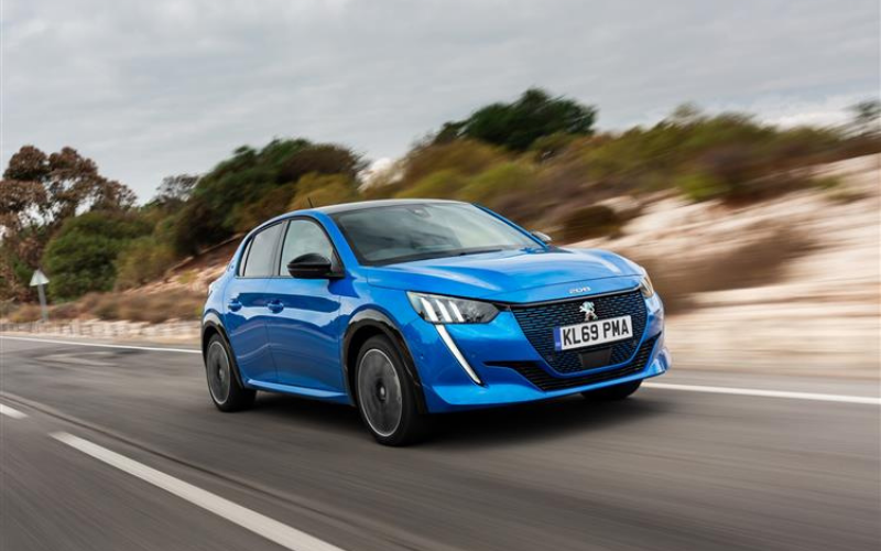 The Peugeot e-208 is Named Best Electric Car at Auto Car Awards