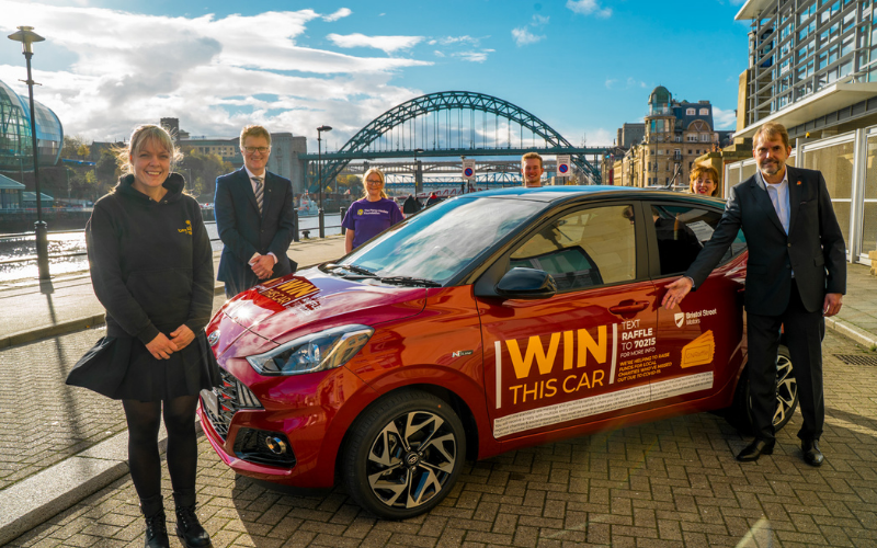 Two Top North Businessmen Partner For Christmas �Great Northern Raffle�