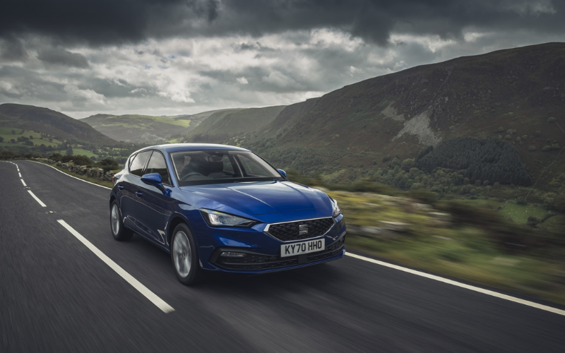 SEAT Leon Named Family Car of the Year at the 2021 What Car? Awards